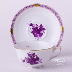 """Tea Cup – Chinese Bouquet / Apponyi Lilac - Herend Fine china 733-0-00 AL - Lilac Height: 6.5 cm (2.5""""H)Weight: 0.27 kgVolume: 2.6 dl (8 OZ)Diameter: 15.5 cm (6""""D) $99,-"""