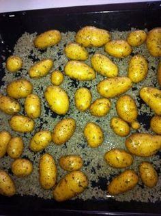 pomme de terre, huile d'olive, thym, gros sel