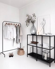 73 Nifty Small Bedroom Ideas and Designs Interior Design Room Decor Bedroom Bedroom Design Designs Ideas Interior nifty Small Interior Design Minimalist, Minimalist Decor, Minimalist Apartment, Modern Minimalist Bedroom, Minimal Home Design, Minimal Apartment Decor, Minimalist Home Furniture, Minimalist Clothing, Minimalist Closet