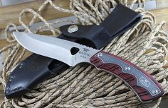 The best skinning knife top 5 2016. Check out these 5 AMAZING skinning knives!