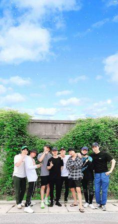 Do Kyungsoo Exo Chanyeol, Exo Ot12, Kpop Exo, Kyungsoo, Kaisoo, Exo Wallpaper Hd, Wallpapers, Exo Group Photo, Exo Album