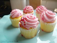 Yellow Cupcakes and Pink Frosting « The Cupcake Blog
