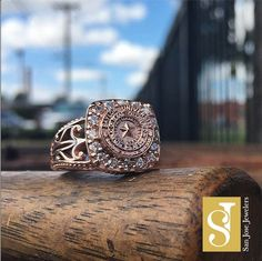 If only this beauty was a Tarleton ring.