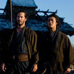 Keanu Reeves and Jin Akanishi as Kai and Chikara in 47 Ronin. Keanu Reeves 47 Ronin, Keanu Charles Reeves, Chiba, Hollywood Actor, Hollywood Celebrities, 47 Ronin Movie, Keano Reeves, Kai, Ronin Samurai