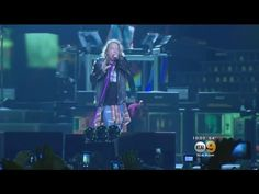 Guns N' Roses Kicks Off Two Nights At Dodger Stadium - YouTube