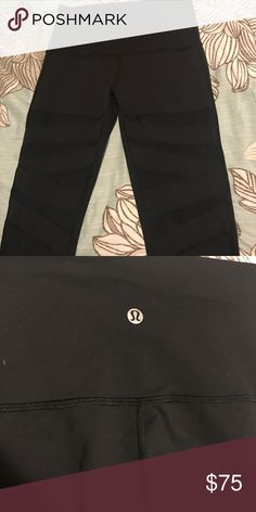 "Wunder Under High Rise Lululemon leggings Tech Mesh 31"" lulus. Lightly worn but they no longer fit. Size 6 lululemon athletica Pants"