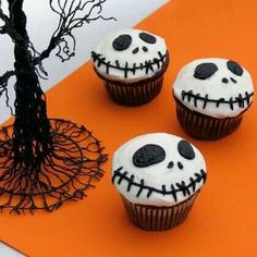 Nightmare Before Christmas Cupcakes http://spoonful.com/recipes/jack-skellington-cupcakes