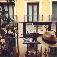 Madrid Balcony, Madrid, Kitchen Appliances, Shelves, Steel, Wood, Table, Cute Stuff, Diy Kitchen Appliances