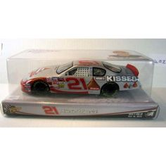 2004 Kevin Harvick #21 Hershey's Monte Carlo 1/24 Scale Diecast Winners Circle  Features : 2004 Kevin Harvick #21 Hershey's Monte Carlo 1/24 Scale #Diecast #Winners #Circle *Hood and Trunk DO NOT open on this car