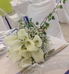 Décoration mariage en vert et blanc - éléments naturels - bois - fleurs bouquet arum gyposophile. Marly. Ceremonia organisateur et décorateur de mariages