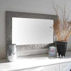 How+to+make+a+knock-off+metallic+mirror+frame