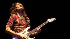 Steve Vai's Favorite Artist? You Wouldn't Guess It.