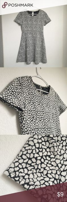 Apt. 9 Printed t shirt skater dress Super cute print and great thicker material. (Not sweater material but a little thinner). Super flattering. Firm price. Ask for any measurements if needed. Apt. 9 Dresses Mini