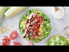This BBQ Chicken Salad is easy, delicious and takes less than 15 minutes to make – the perfect summer salad bowl! Easy Bbq Chicken, Bbq Chicken Salad, Chicken Salad Recipes, Skinny Recipes, Healthy Recipes, Skinny Meals, Thm Recipes, Side Salad, Summer Salads