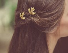 Hey, I found this really awesome Etsy listing at https://www.etsy.com/listing/203004565/gold-maple-leaf-bobby-pins-leaf-hair