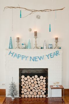 Ofcourse, I LOOOOVE the blues & silvers. newport beach: New Year's Eve Fun Christmas And New Year, Winter Christmas, Winter Holidays, Xmas, Merry Christmas, Fireplace Facade, Faux Fireplace, Fireplaces, Unused Fireplace