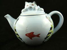 Wade Cat And Goldfish Teapot Whimsical Teapots Feline Collection Judith Wooten #Wade