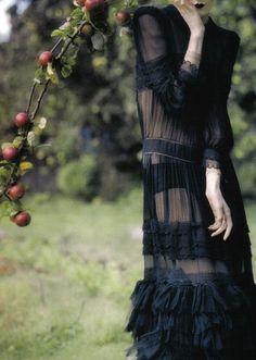 notordinaryfashion:  Photographer - Tim Walker for Vogue Italia