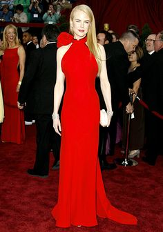 """February 25, 2007 - think this is my favorite dress on her, besides one she wore when she received an Oscar Award for best Actress for """"The Hours,"""" in which she portrayed Virginia Woolf"""