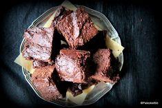 Fudgemainen suklaakakku (G,M)   PALEOKEITTIÖ Ms Gs, French Toast, Breakfast, Desserts, Food, Life, Breakfast Cafe, Tailgate Desserts, Deserts