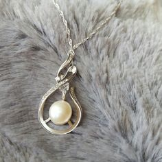 Our latest addition to our neclace and pendant collectiom.Sterling Silver and Genuine Swarovski Lustre Pearl makes for a truly classic & unique piece Luster, Swarovski, Pearl Earrings, Gift Ideas, Pearls, Sterling Silver, Pendant, Unique, Classic