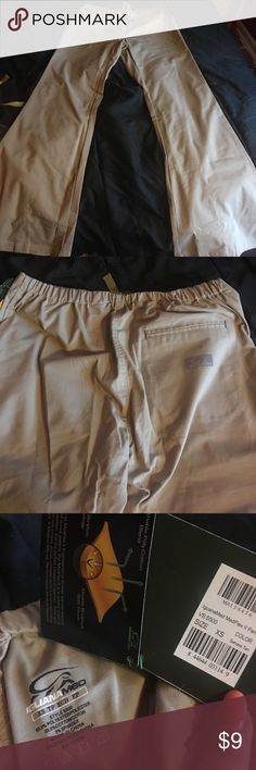 Tan Scrub Bottoms Iguanamed brand. 3 pockets. Flare cut. Great material. No Top available Pants Boot Cut & Flare