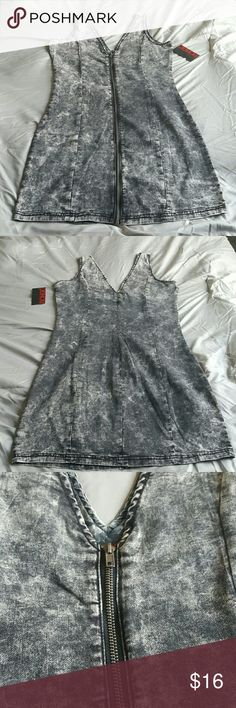 BONGO Black (Acid-wash) Denim Dress 84% Cotton / 10% Polyester / 5% Rayon / 1% Spandex  Front has a full zip fron top to bottom. 34 inches in total length from shoulder to hem.  *Shipping next day / Bundle to Save* BONGO Dresses