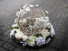 29 Source by emicoskun Church Flower Arrangements, Flower Centerpieces, Flower Decorations, Floral Arrangements, Grave Flowers, Church Flowers, Funeral Flowers, Black Flowers, Diy Flowers