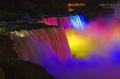 Niagara Falls' Festival of Rainbow Lights