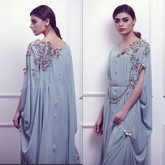 Weekend Obsession: Umaima Mustafa A/W Look Book 'The Art of Layering' ! Latest Pakistani Dresses, Heavy Dresses, Eastern Dresses, Lehnga Dress, Maxi Gowns, Formal Looks, Kurta Designs, Draped Dress, Custom Dresses