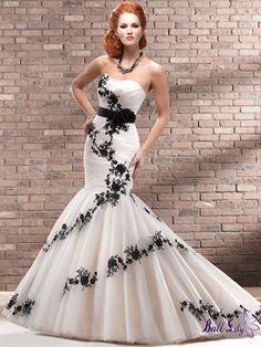 Wedding Dresses 2013 SWMD172 www.balllily.com offer Wedding Dresses, Bridesmaid Dresses, Evening Dresses ,Prom Dresses ,Flower Girl Dresses And Mother Of The Bridal Dresses. www.balllily.com  $328.00 (USD)