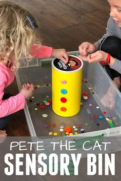 Do you have any Pete the Cat fans at your house? Try these easy Pete the Cat activities for toddlers and preschoolers! Do you have any Pete the Cat fans at your house? Try these easy Pete the Cat activities for toddlers and preschoolers! Toddlers And Preschoolers, Sensory Activities Toddlers, Toddler Preschool, Preschool Activities, Sensory Play, Toddler Sensory Bins, Sensory Table, Preschool Learning, Early Learning