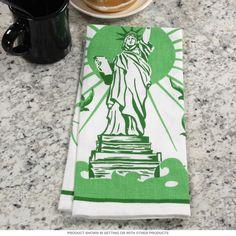Statue of Liberty Tea Towel   Vintage Kitchen Towels   RetroPlanet.com