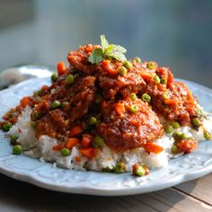 Sweet and Sour Bangkok-Style Chicken with Chiles | Andrew Zimmern's supertasty Thai chicken gets its heat from fiery fresh bird chiles in the quick homemade curry paste.