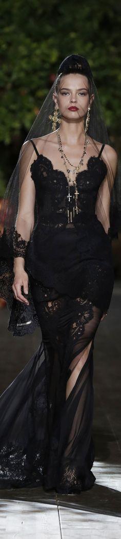 Dolce & Gabbana Alta Moda Fall 2015 couture dramatic black veil black lace sweetheart gown dress runway model