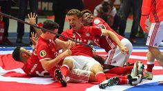 /media/images/homepage/fotogalerie-15-16/pokalfinale/03-Pokaljubel_FCB_210516.jpg