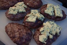 Caramelized Onion Blue Cheese Burger — Recipes Hubs