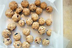 no-bake, all-natural energy balls. perfect for a quick snack on the go!