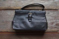 Vintage navy/black handbag via etsy