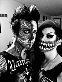 Awesome Couples Halloween Make up! Get these cool new ideas to match with your loved one during the best holiday ever Makeup Fx, Scary Makeup, Halloween Face Makeup, Makeup Looks, Awesome Makeup, Pretty Zombie Makeup, Spider Makeup, Demon Makeup, Skull Makeup