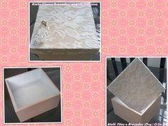 Caixa rosa e branco com renda.