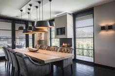 Here are some doable living room decor and interior design tips that will make your home cozy and comfortable for family and friends. Home Interior Design, House Design, Dining Room Design, Interior Design, House Interior, Home, Interior Design Living Room, Interior, Rustic Home Design