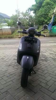 New generation Vespa GTS 150, bring back old memories...
