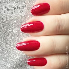 CBL Little Miss Independant  www.facebook.com/daiziebugnails     https://daiziebugnails.wordpress.com    https://www.instagram.com/daiziebug_nails #colorsbyllarowe #rednails