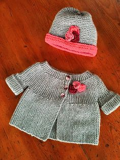 baby jacket, pearl gray - New In Tops Knitting For Kids, Baby Knitting Patterns, Crochet For Kids, Baby Patterns, Crochet Baby, Cardigan Bebe, Knitted Baby Cardigan, Knitted Baby Clothes, Sweater Hat