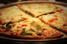 Pizza au jambon et poireaux, pour diabétiques - Complètement Poireau Brunch, Calories, Tortillas, Vegetable Pizza, Cheese, Vegetables, Quiches, Food, Pizza