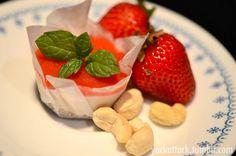 Raw Strawberry Cheesecake Bites!
