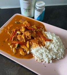 Mocne Kalorie - Bo życie jest za krótkie na kurczaka z ryżem! Thai Red Curry, Pizza, Impreza, Cooking, Ethnic Recipes, Asia, Food, Recipe, Kitchen