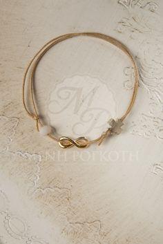 Μένη Ρογκότη - Μαρτυρικά βραχιολάκια για βάπτιση από κερωμένο μπεζ-καφέ κορδόνι με χρυσαφί μεταλλικό διακοσμητικό σχήμα του άπειρου Look 2015, Macrame Jewelry, Leather Jewelry, Kids Fashion, Jewels, Bracelets, Creative, Gold, Christening Dresses