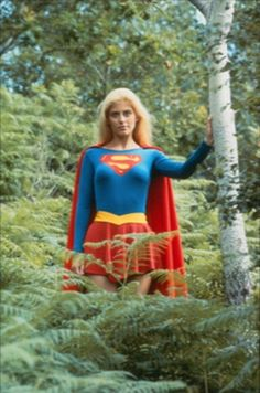 Supergirl Movie, Supergirl 1984, Helen Slater Supergirl, Superman Pictures, Christopher Reeve Superman, Dc Comics Heroes, Batgirl, Actress Photos, Beautiful Actresses